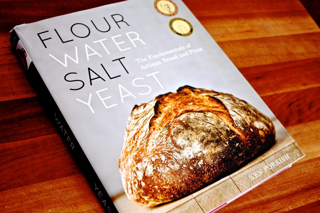 Essential Cookbook for Bread and Pizza