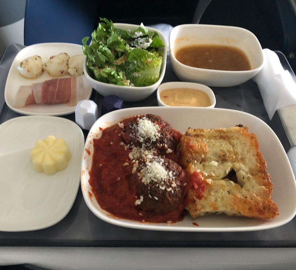 delta 767 food