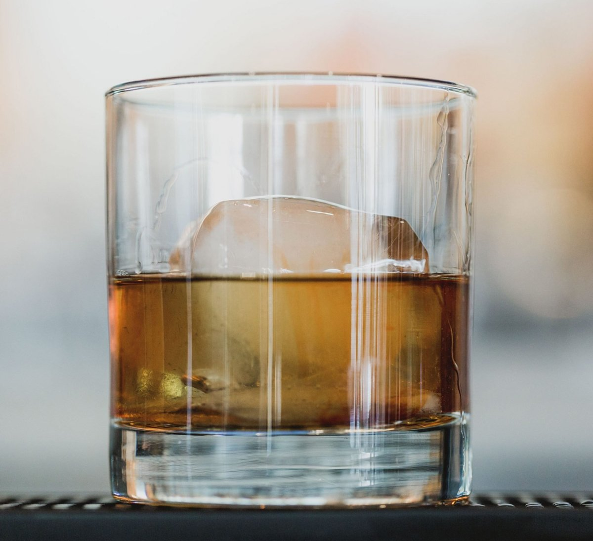 whisky tumbler glass